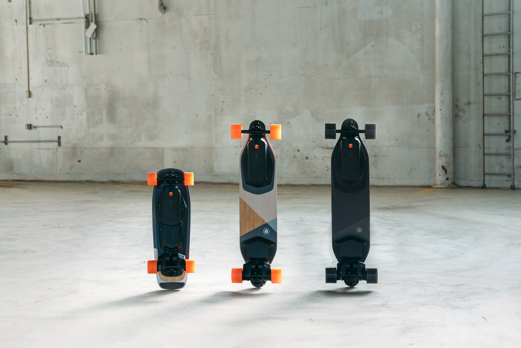 Boosted Mini Plus Stealth The Next Generation Of Electric Skateboards Is Here Product Hunt